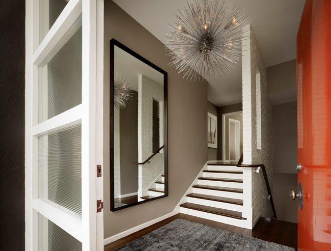 Miroir de sol à charnière pratique et pratique