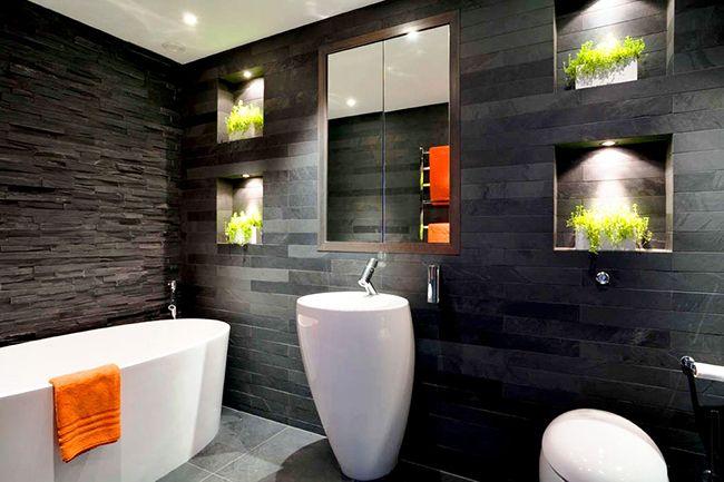 Les articles ménagers pour une personne moderne doivent être polyvalents et compacts.  Ce sont les caractéristiques de cette armoire à glace dans la salle de bain.
