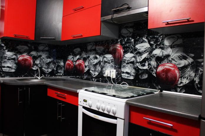 tablier assorti à la cuisine