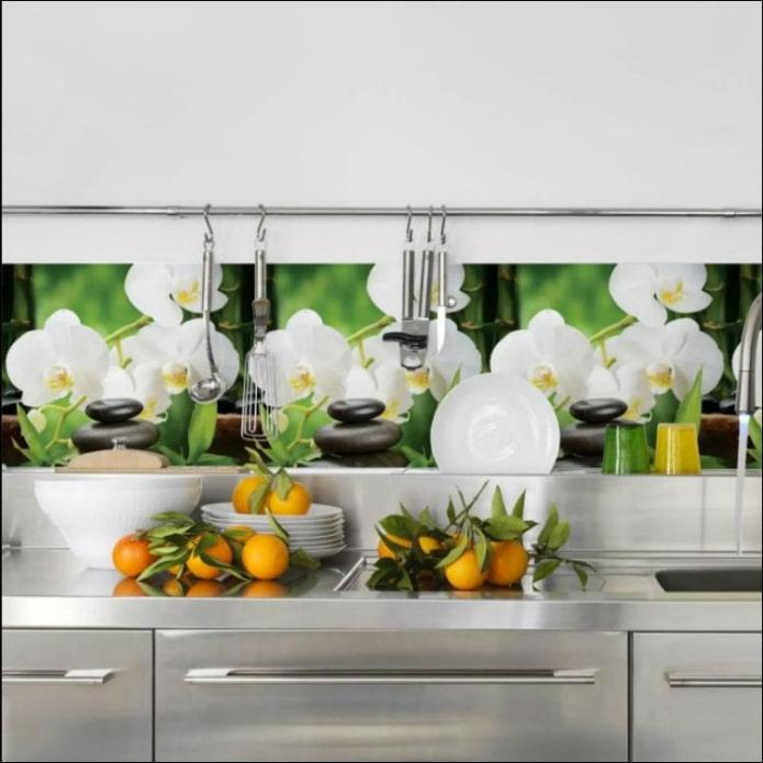 orchidées sur un tablier