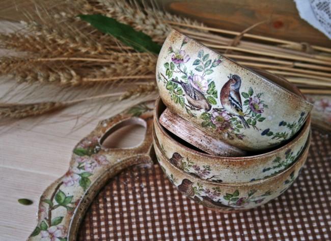 Soupières décoratives en terre cuite vieillie