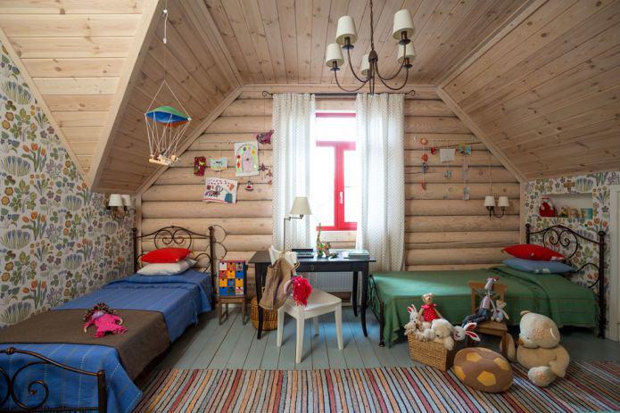 chambre d'enfant mansardée