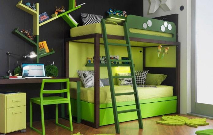 lit superposé vert dans la pépinière