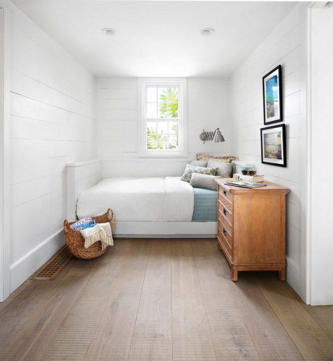 Une belle et délicate combinaison de planches blanches et naturelles