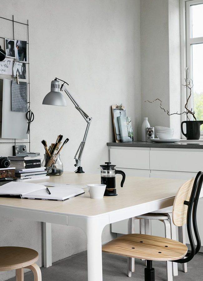 Intérieur clair avec des meubles d'IKEA