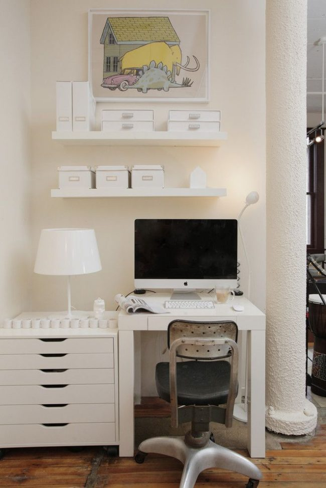 Petit bureau blanc IKEA