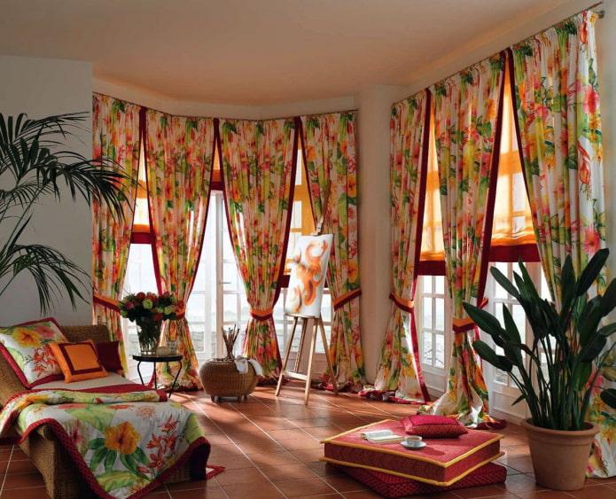 rideaux à imprimé floral de style oriental