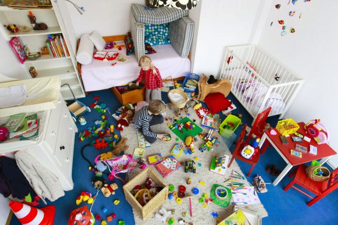 5 façons de transformer l'encombrement de la chambre de votre enfant en un paradis pour perfectionniste