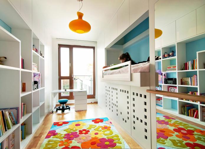 meubles d'armoire dans la pépinière