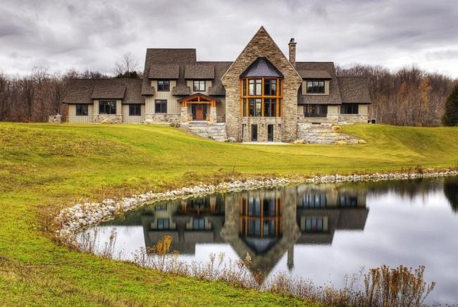 Luxueux domaine de type cadre au bord du lac