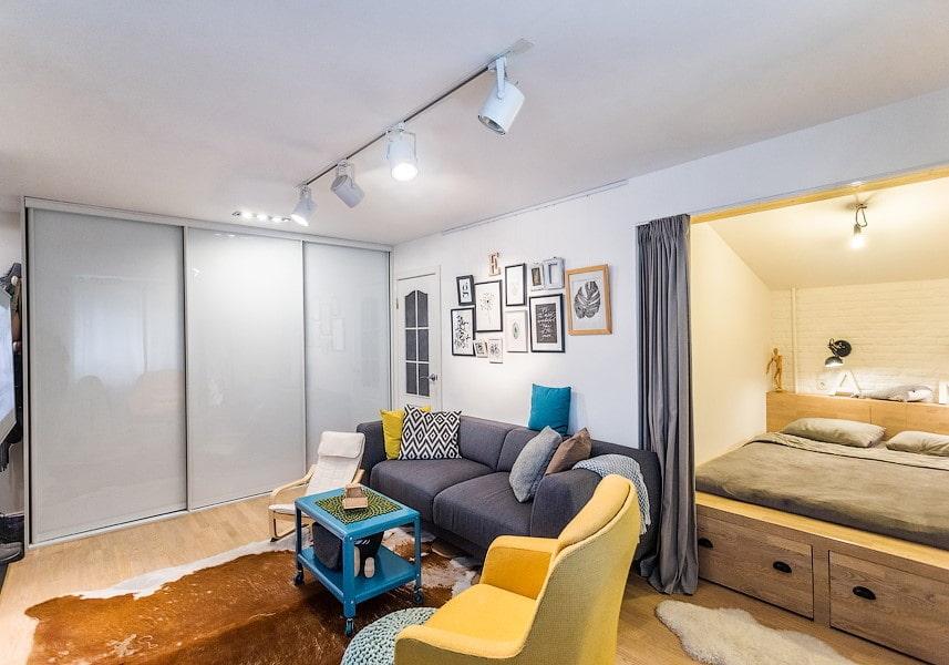 Conception d'un appartement d'une pièce avec une niche: photo, aménagement, disposition des meubles