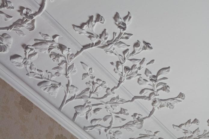 moulure de plafond en plâtre