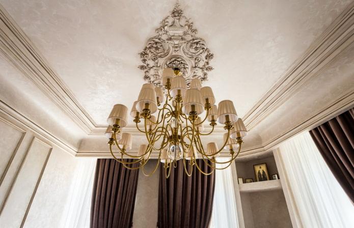moulure de plafond en polyuréthane