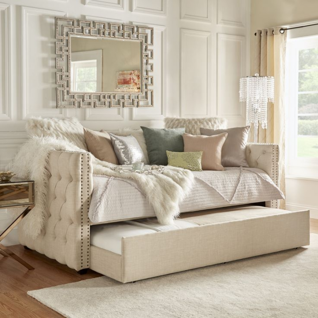Canapé pour deux couchettes, avec un demi-rouleau