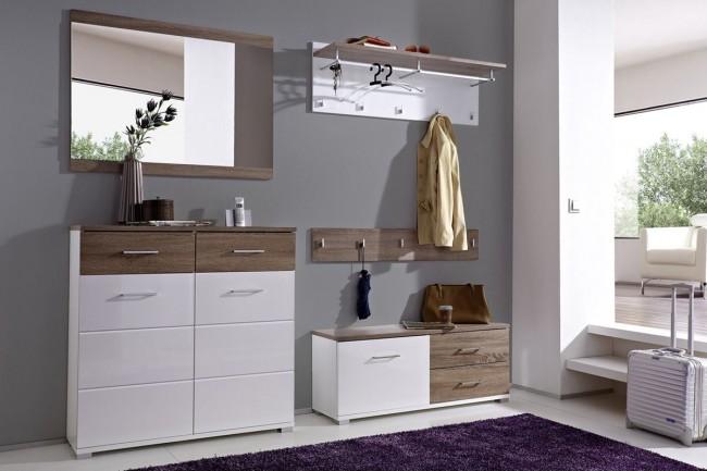 Couloir élégant et minimaliste