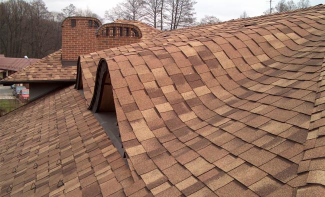 Bardeaux en forme de vieux toit de bardeaux