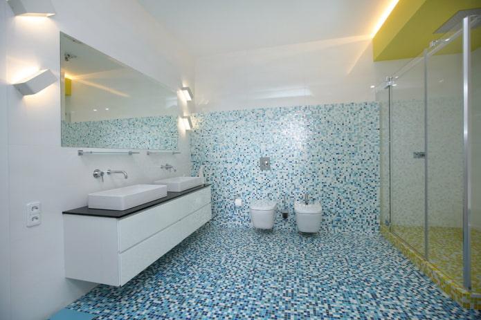 mosaïque au sol à l'intérieur de la salle de bain