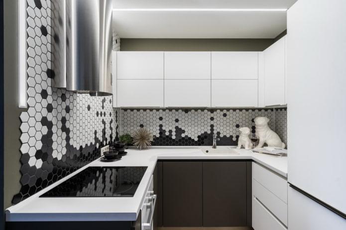 mosaïque en forme d'hexagones dans la cuisine