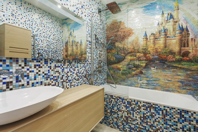 panneau de mosaïque et intérieur de salle de bain