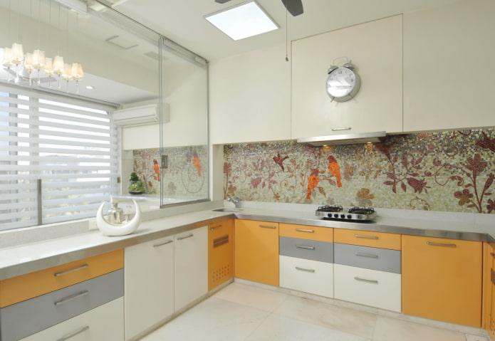 panneau de mosaïque et intérieur de cuisine