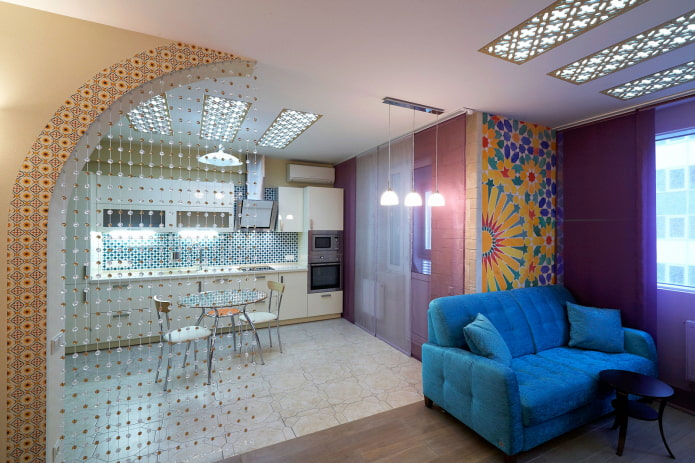 cloison décorative à l'intérieur de la cuisine-salon