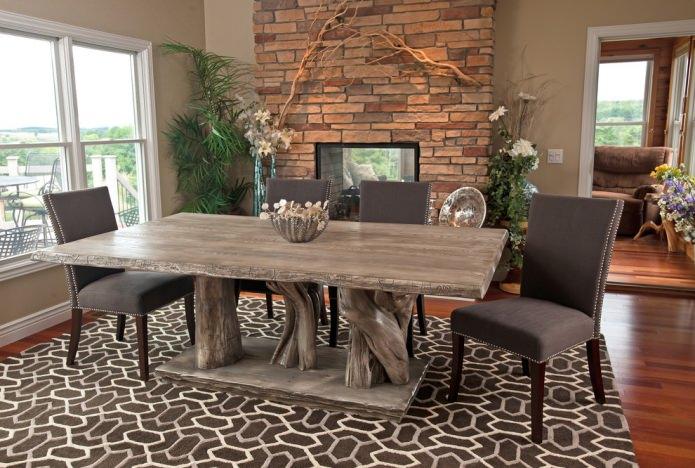table en bois gris