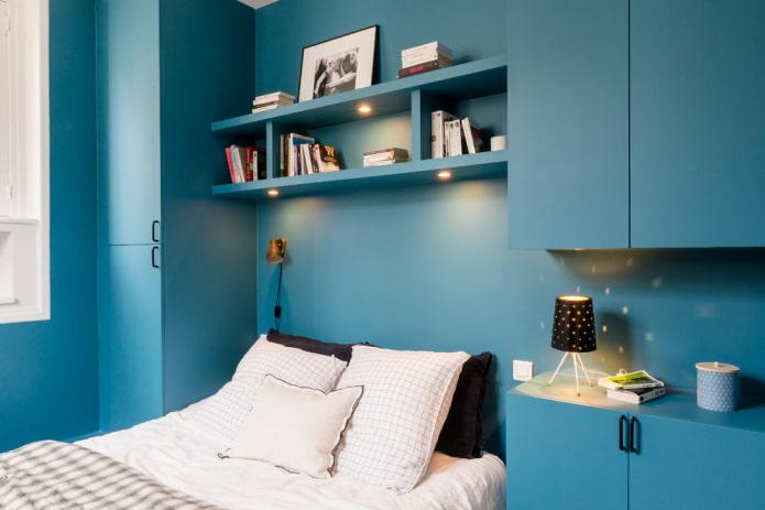 étagères lumineuses au dessus du lit