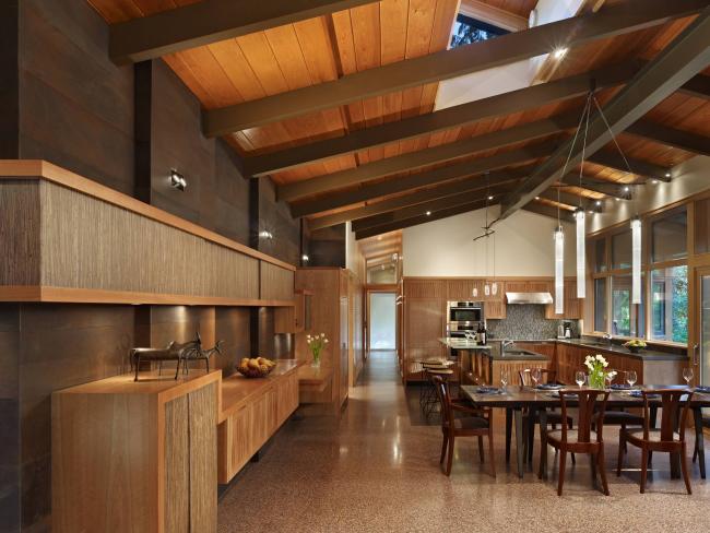 La feuille autocollante effet bois vous aide à créer une cuisine écologique sans frais supplémentaires