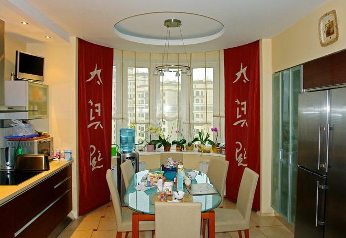 baie vitrée décorée de toiles japonaises
