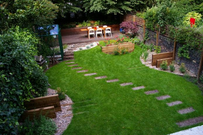 chemin de la pelouse