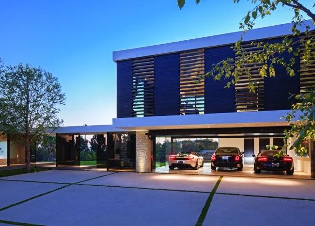 Maison avec abri voiture