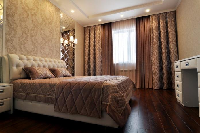 rideaux à l'intérieur de la chambre marron