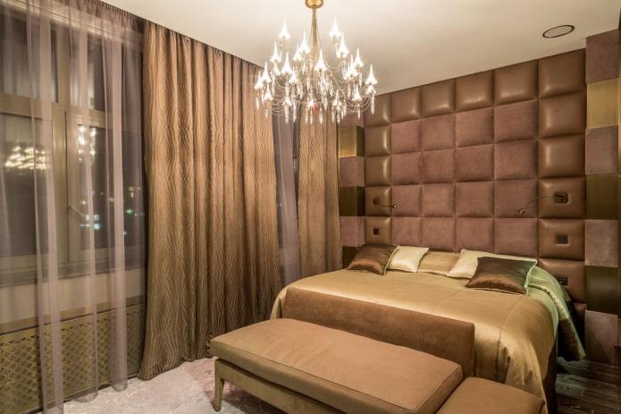 décoration et éclairage à l'intérieur de la chambre marron