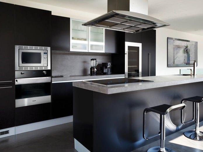 conception de cuisine moderne avec casque noir
