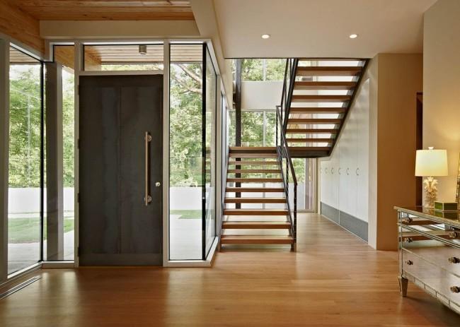 La porte en acier s'intégrera parfaitement dans votre intérieur
