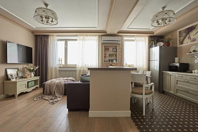 rideaux beiges dans un intérieur classique