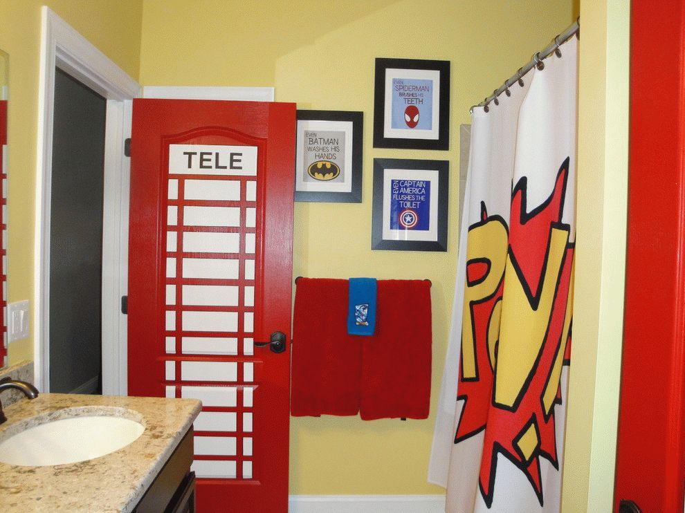 La porte est stylistiquement en harmonie avec l'intérieur de la salle de bain