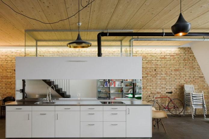plafond en lattes de bois