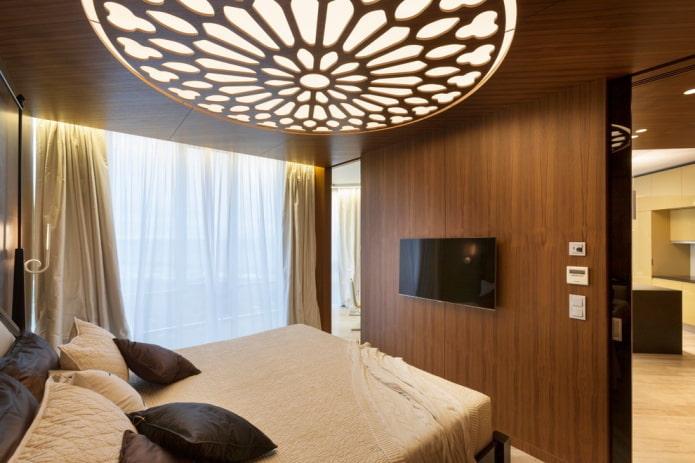 plafond en bois sculpté dans la chambre