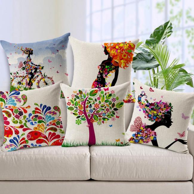Les teintes riches et les imprimés d'oreillers créent une atmosphère de fête dans votre maison