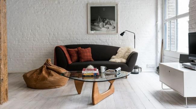 Pouf dans un intérieur moderne