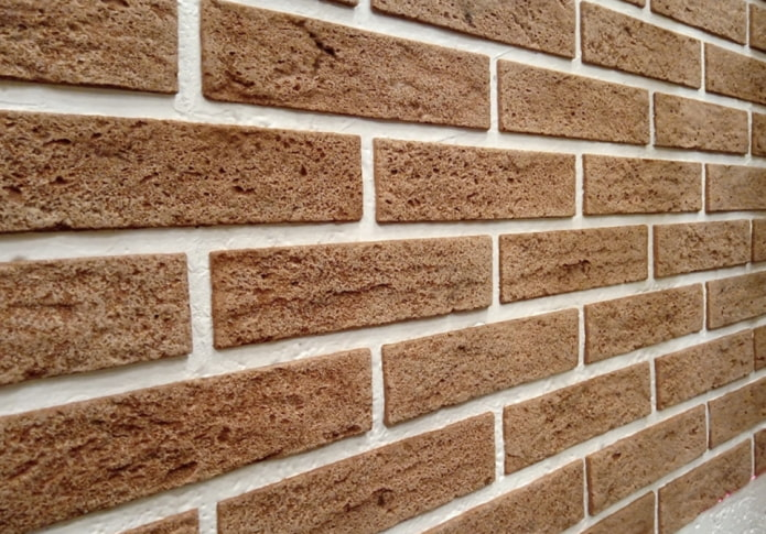 Brique flexible sur le mur