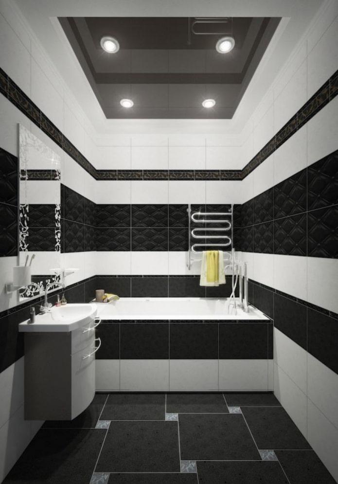 carrelage noir et blanc dans la salle de bain