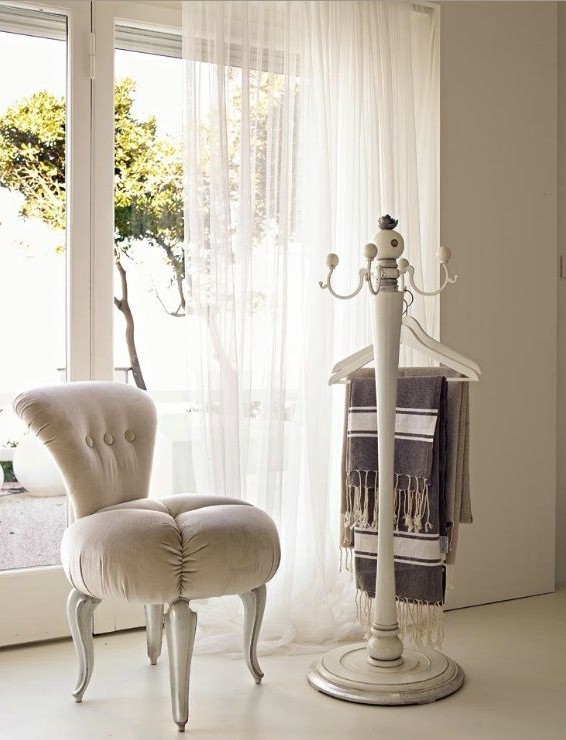 Ces petites chaises complèteront parfaitement l'intérieur.