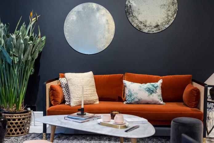 Canapé en velours orange
