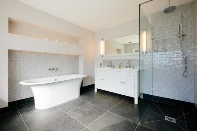 Les baignoires en fonte ont une large gamme de tailles et de formes