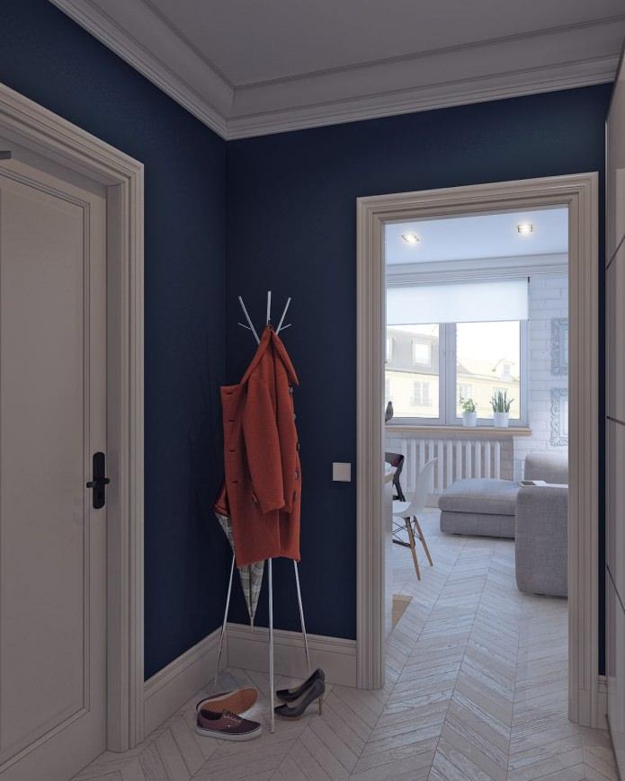 hall d'entrée dans la décoration intérieure d'un petit studio de 24 m².  m.