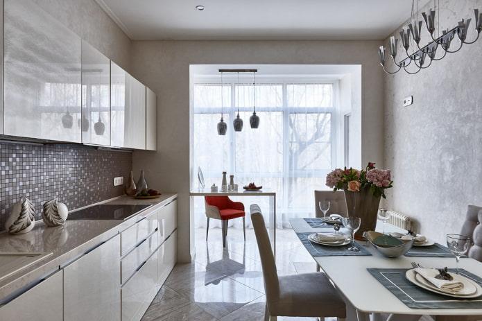 aménagement de la cuisine combiné avec une loggia