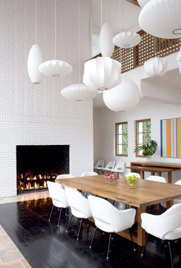 Les lanternes en papier blanc ajoutent de l'air à votre design