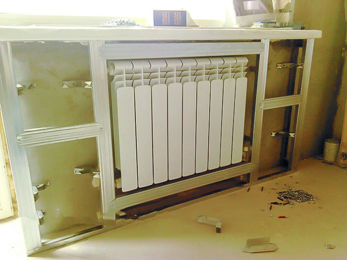 Installation de la cage de batterie